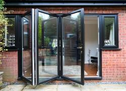 Bifold-Doors-003